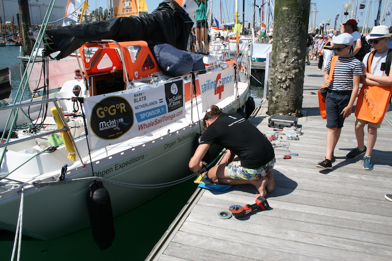 Final preparations aboard Mark Slat's boat – photo Julio Graham