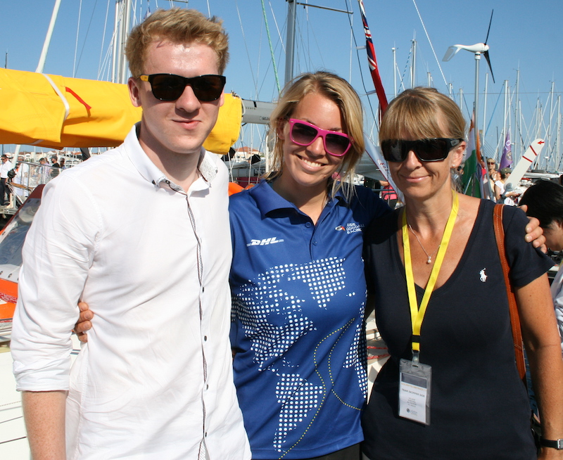 Susie Goodall (centre) with her mum and brother, just before setting sail – photo Julio Graham