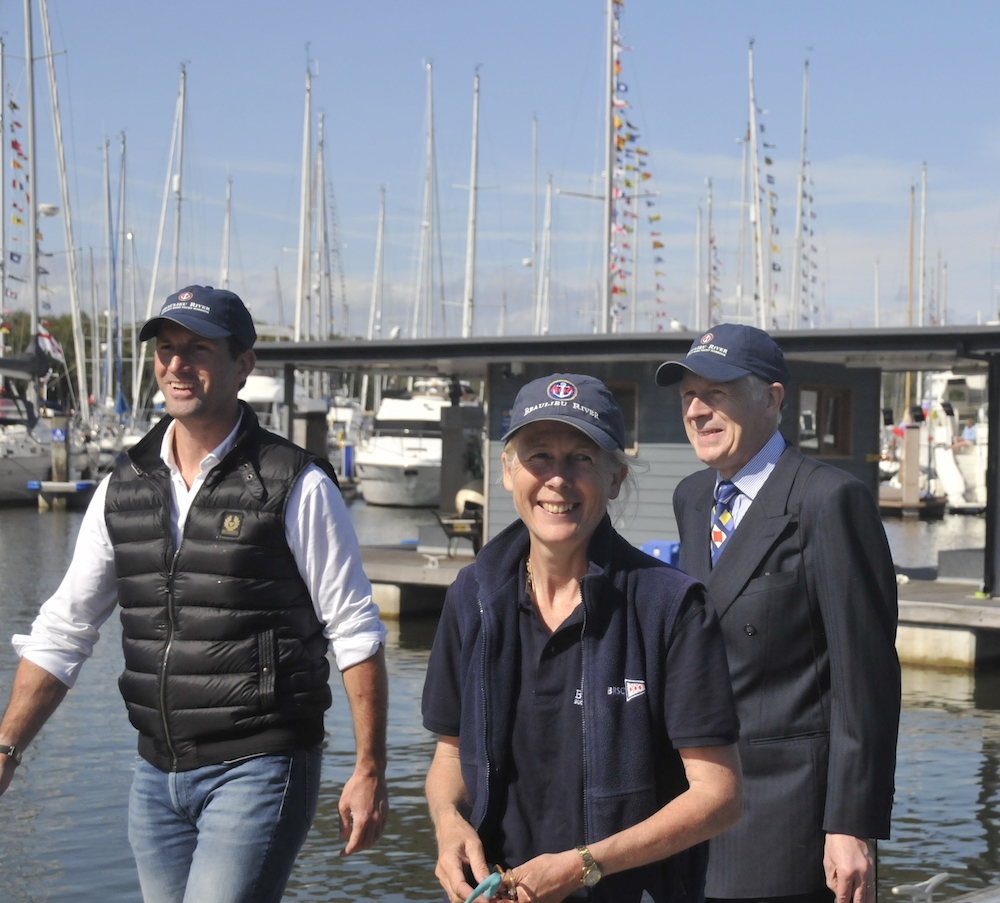 Sir Ben Ainslie enjoys a relaxing afternoon with the Hon Mary Montagu-Scott and Lord Montagu – photo Julio Graham