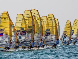 The Men Gold fleet underway – photo Jesus Renedo